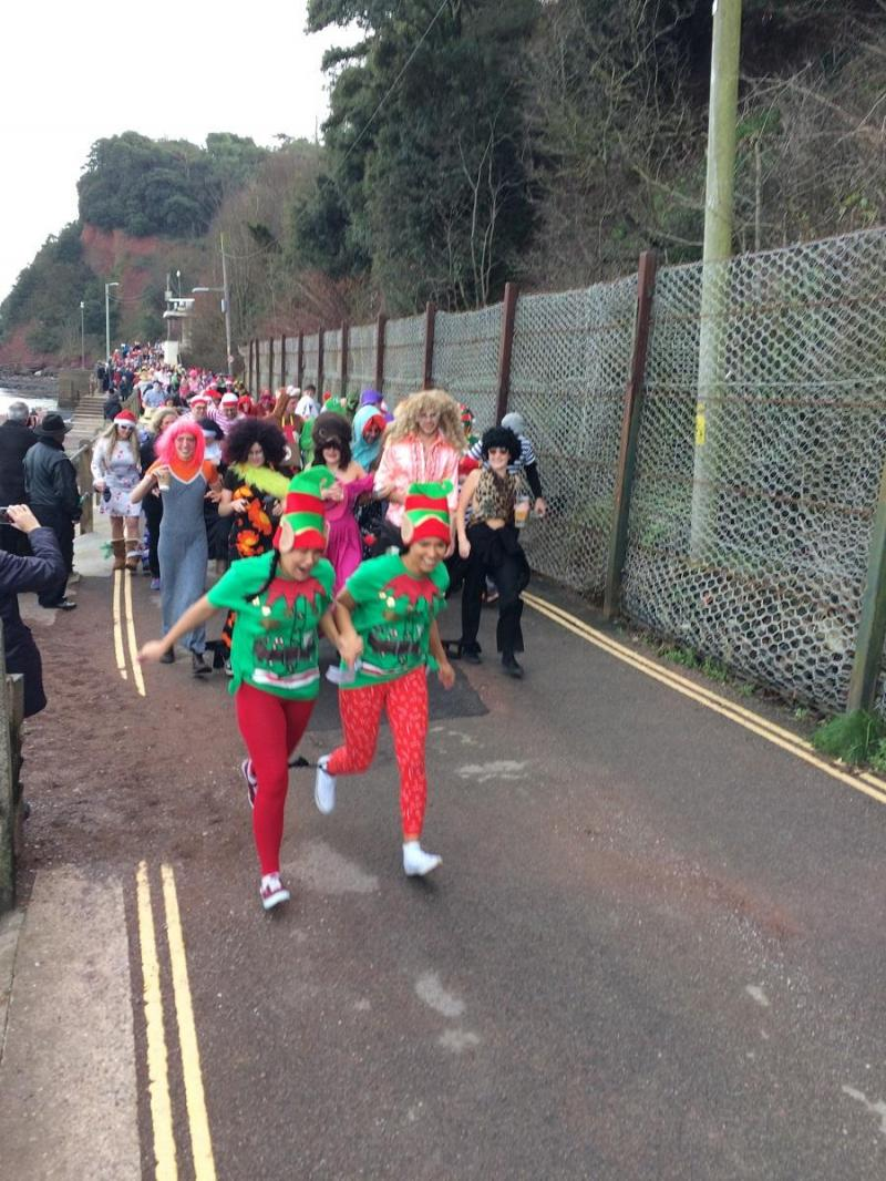Header Image for: Annual Shaldon Boxing day 3 legged race